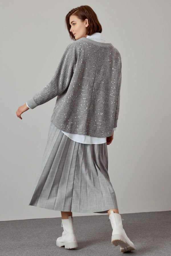 Soft blouse with sequins